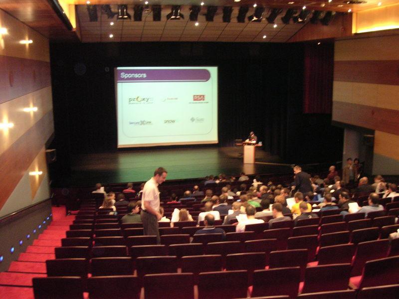 Auditorium for Keynotes at De Reehorst [LWN.net]