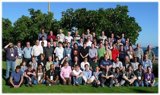 [2012 Kernel Summit group photo]